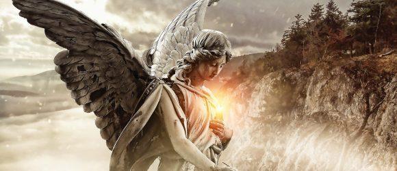 Anděl se svíčkou
